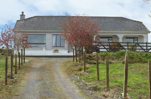Last Minute Cottages - Coll Carraig