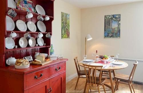 Last Minute Cottages - Exquisite Newcastle Upon Tyne Cottage S80712