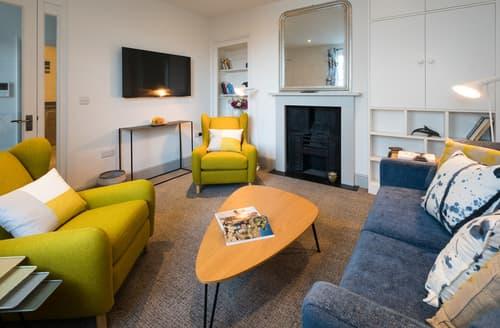 Last Minute Cottages - Attractive Cowes Apartment S80727