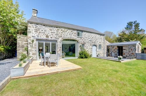 Last Minute Cottages - Exquisite Rural Llyn Peninsula Cottage S80813