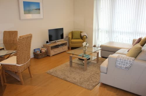 Last Minute Cottages - Inviting Newquay Apartment S80915
