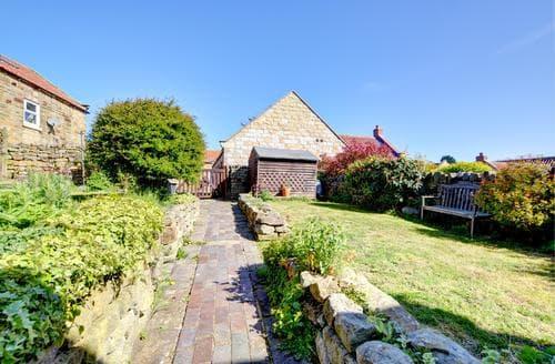 Last Minute Cottages - Captivating Burniston Cottage S80943