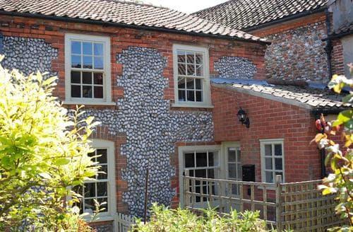 Last Minute Cottages - Lovely Cley Next The Sea Cottage S71197