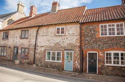 Last Minute Cottages - Delightful Little Walsingham Cottage S71193