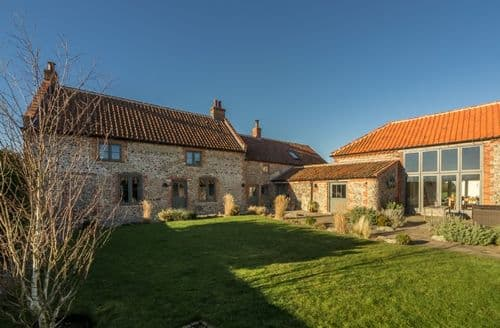 Last Minute Cottages - Charming Field Dalling Cottage S71135