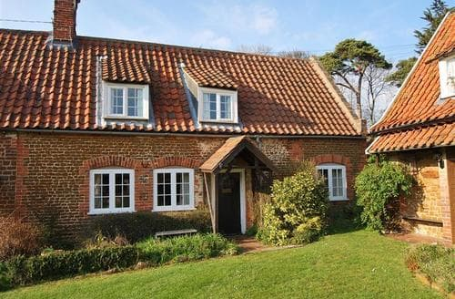Last Minute Cottages - Superb Heacham Cottage S71239