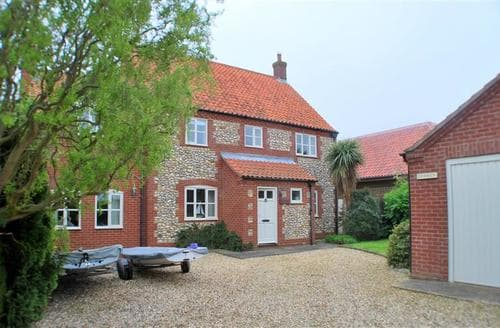 Last Minute Cottages - Excellent Brancaster Staithe Cottage S71125