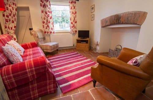 Last Minute Cottages - Dormouse Cottage
