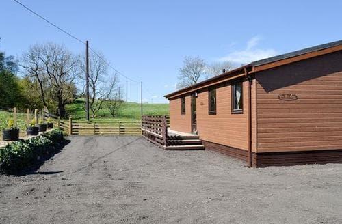 Last Minute Cottages - Glen Roe Lodge