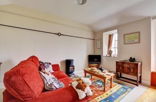 Last Minute Cottages - Quaint Leyburn Apartment S81195