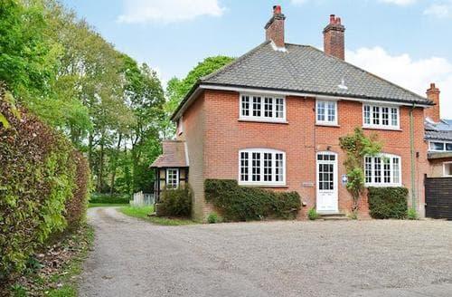 Big Cottages - Cosy Sheringham Cottage S81204