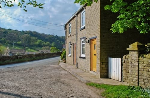 Last Minute Cottages - Gorgeous Macclesfield Cottage S18167