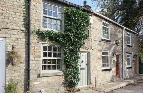 Last Minute Cottages - Adorable Macclesfield Cottage S18168