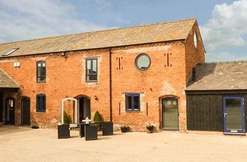 Last Minute Cottages - The Hay Barn