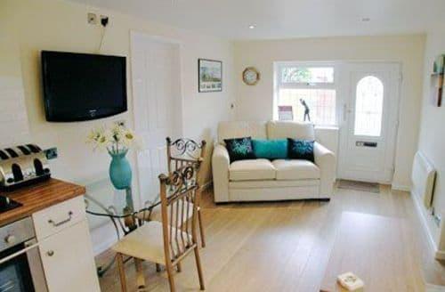 Last Minute Cottages - Inviting Blackpool Cottage S18183