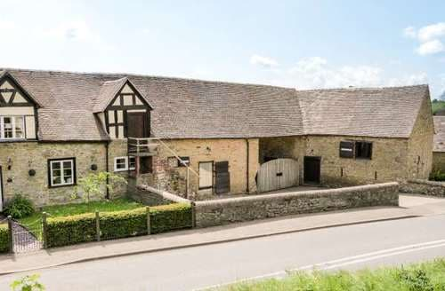 Last Minute Cottages - Brandwoods Barn