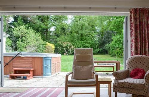 Last Minute Cottages - Splendid Ringwood Lodge S81635