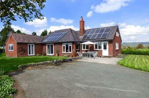 Big Cottages - Quaint Chirbury Cottage S81674
