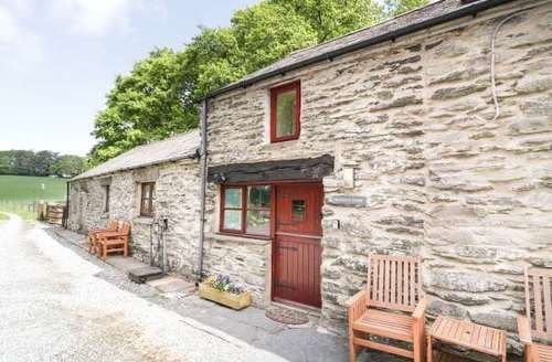 Last Minute Cottages - Bonnyn Derw Cottage