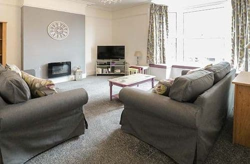 Big Cottages - Adorable Tywyn Apartment S81841