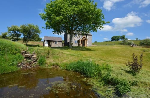 Last Minute Cottages - Attractive Knighton House S81880