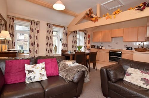 Last Minute Cottages - Beautiful Keighley Apartment S81941