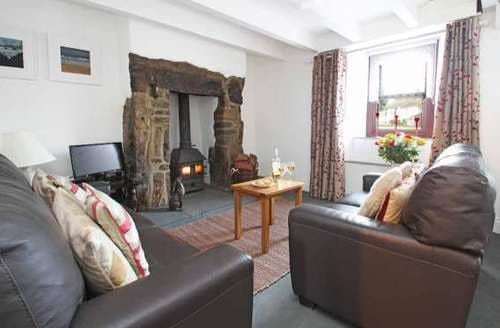 Last Minute Cottages - Colleens Cottage