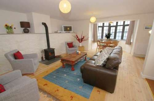 Last Minute Cottages - Superb Sennen Cove Cottage S82270