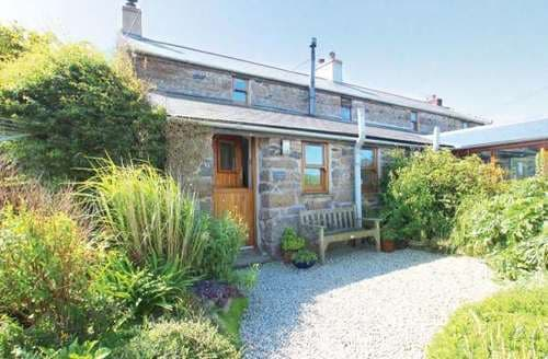 Last Minute Cottages - Lovely New Mill Cottage S82289