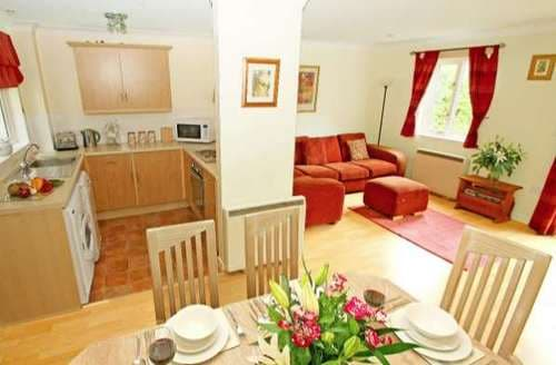 Last Minute Cottages - Tamarisk Cottage