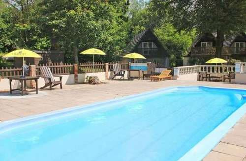Big cottages with swimming pools in cornwall over 30 000 - Large holiday homes with swimming pool ...