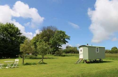 Last Minute Cottages - Trevoole Shepherd's Hut
