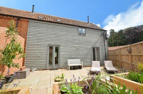 Big Cottages - Stunning Little Snoring Cottage S82666
