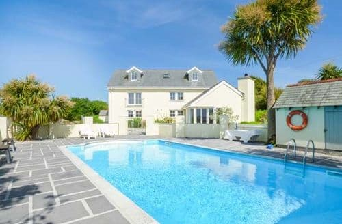 Holiday Cottages With Swimming Pools In Cornwall To Rent Big Cottages Large Houses Group