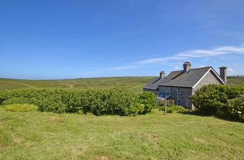 Last Minute Cottages - Captivating Porthcurno Cottage S82837