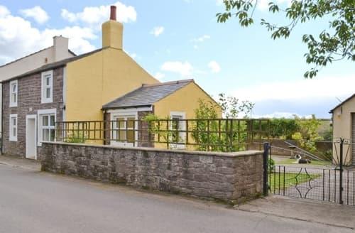 Last Minute Cottages - WEST HOUSE