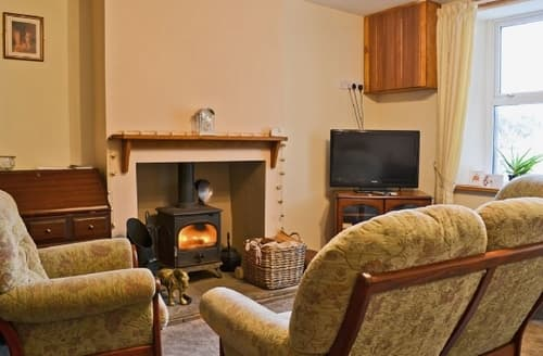 Last Minute Cottages - SOLWAY VIEW