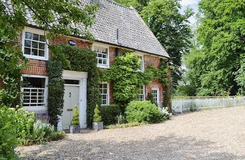Last Minute Cottages - The Mill House