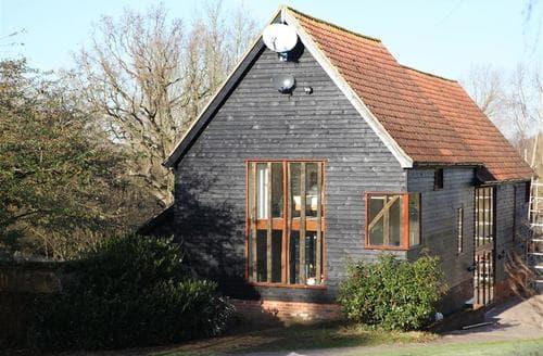 Last Minute Cottages - Lovely Wickham Market Cottage S83271