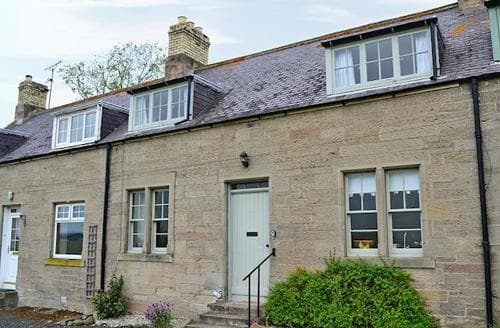 Last Minute Cottages - Cosy Kelso Cottage S83421