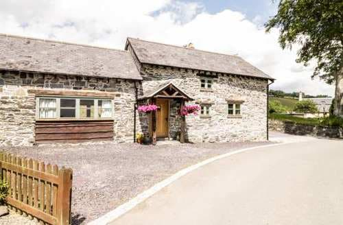 Last Minute Cottages - Delightful  Cottage S83435