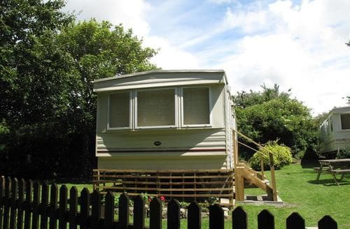 Last Minute Cottages - Failte Caravan No 8