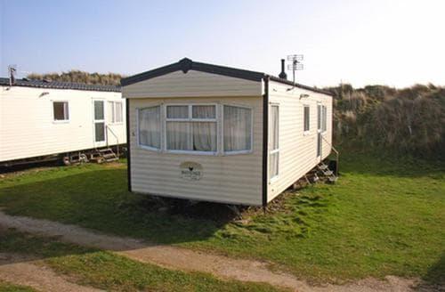 Last Minute Cottages - Fairways Caravans No.7