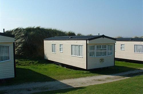 Last Minute Cottages - Fairways Caravans No.4