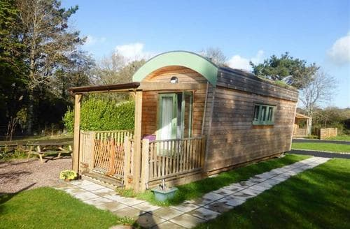 Last Minute Cottages - Gart Eco Ark, Silverbow Park