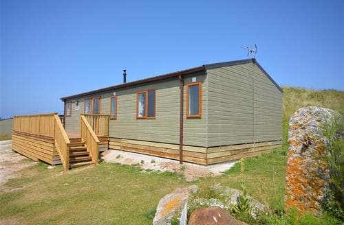 Last Minute Cottages - Lovely Perranporth Golf Club Lodge S83638
