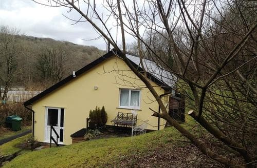 Last Minute Cottages - Charming Narberth Cottage S71698