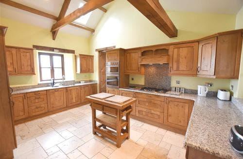 Last Minute Cottages - Cosy Strumble Head Cottage S79249