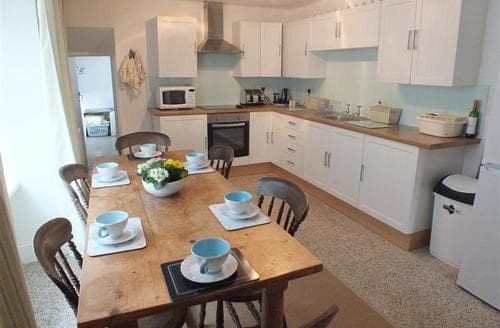 Last Minute Cottages - Quaint Aberporth Cottage S71833
