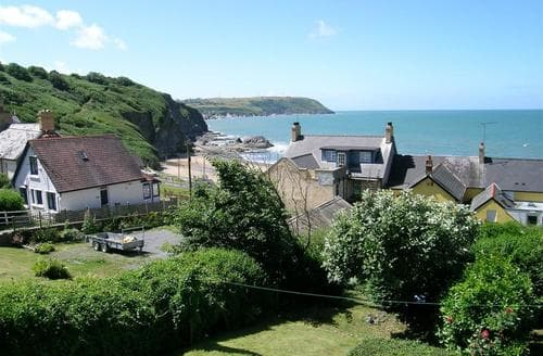 Last Minute Cottages - Charming Tresaith Cottage S71813